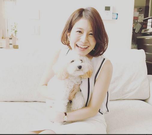 犬と佐津川愛美